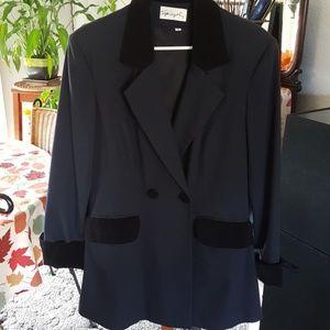 Black Blazer w/velvet Collar